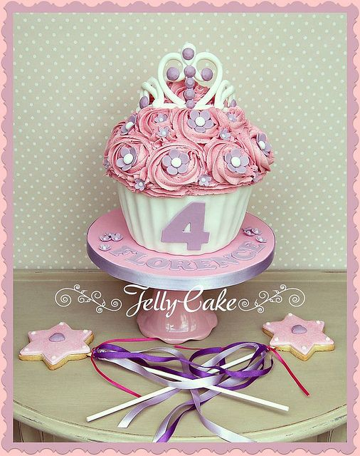 Princess Sofia Giant Cupcake | Flickr - Photo Sharing!
