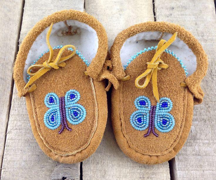 Baby Moccasins Lined with Beaded Blue Butterflies #Esawa #Mocassins #Handmade #Butterflies