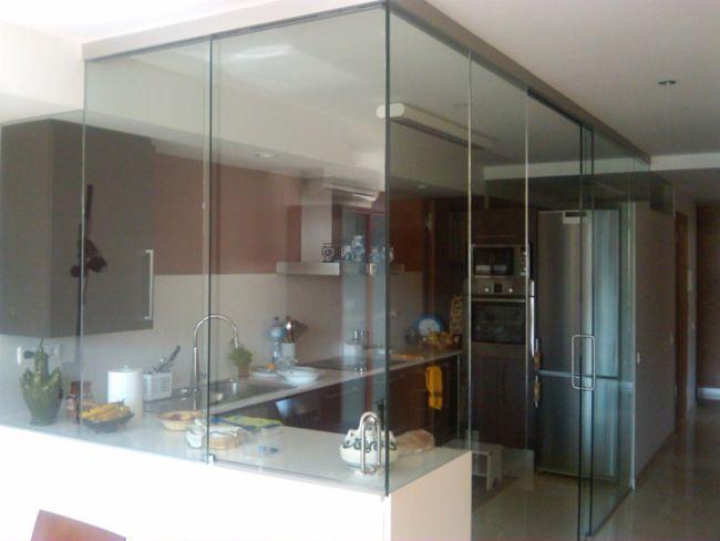 Paredes de cristal cocina buscar con google reforma - Cocina con pared de cristal ...