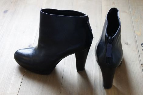 Je viens de mettre en vente cet article  : Bottines & low boots à talons Kookai 49,00 € http://www.videdressing.com/bottines-low-boots-a-talons/kookai/p-5512151.html?utm_source=pinterest&utm_medium=pinterest_share&utm_campaign=FR_Femme_Chaussures_Bottines+%26+low+boots_5512151_pinterest_share