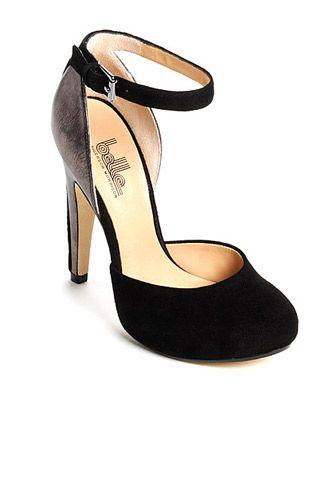 Black Pumps - Cute Shoe Styles#slide-3