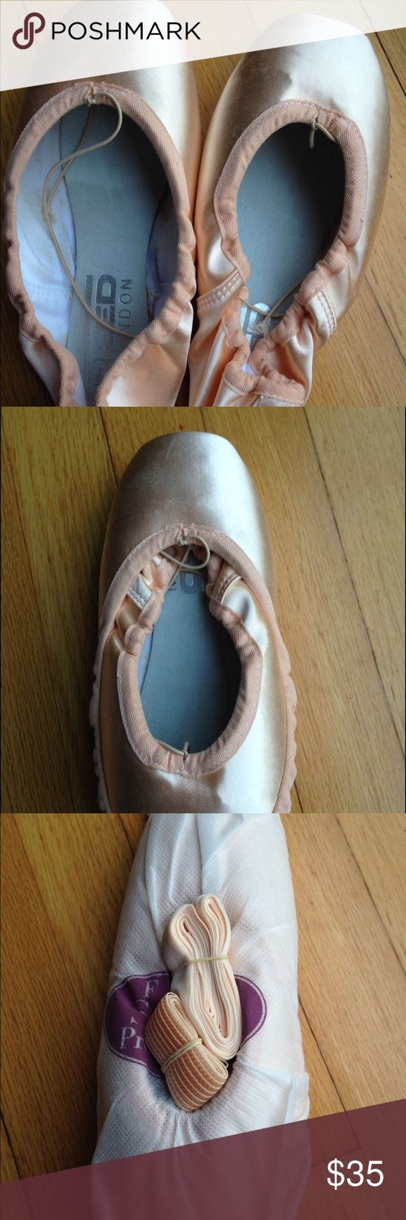 Ballet point shoes. Never worn. Purchased in London Freed store. Still in original bag. Freed Shoes Athletic Shoes