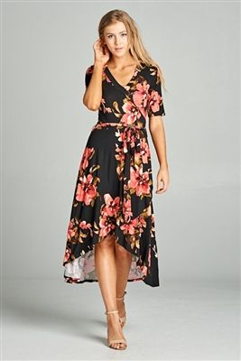 Casual floral dress that will be an adorable summer staple! Dress it up or down with wedges or sandals.