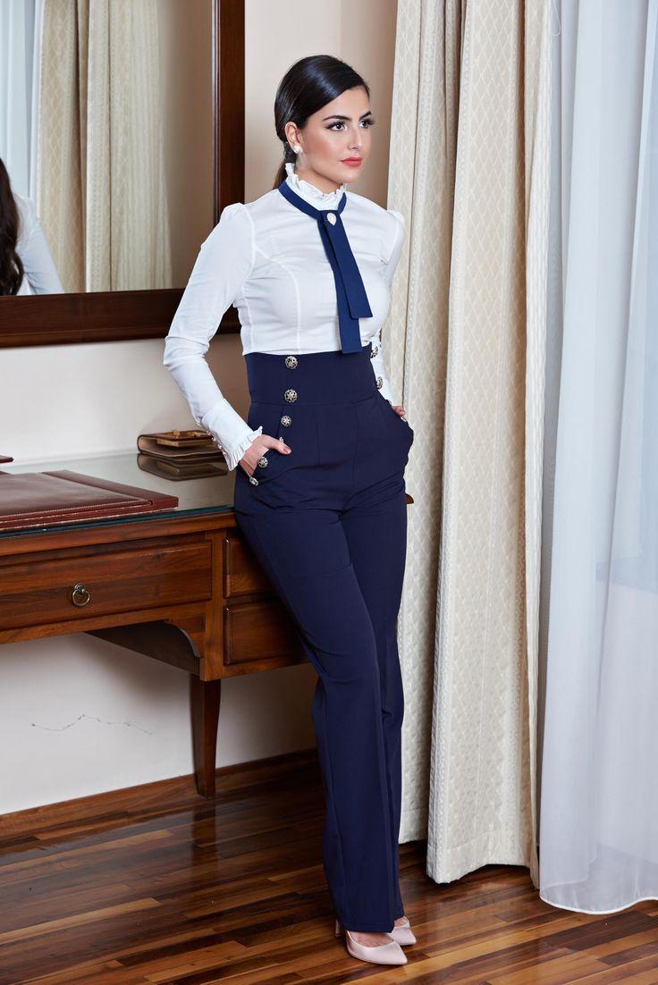 Pantaloni Artista Slim Joy DarkBlue. Pantaloni trapez cu talie inalta, accesorizati cu nasturi, au buzunare in partea din fata, potriviti pentru o tinuta office si zile onomastice!
