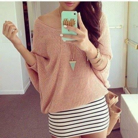 Love the outfit so great for spring. Pink sweater with body con skirt.
