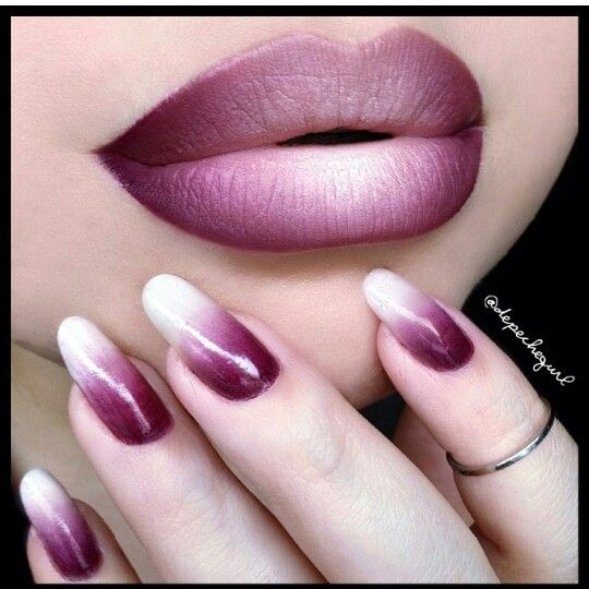 Hombre lips and nails