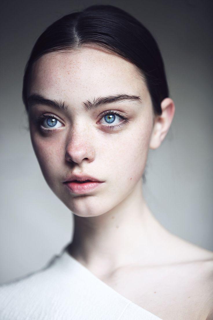 The 25+ best Model face ideas on Pinterest | Face ...