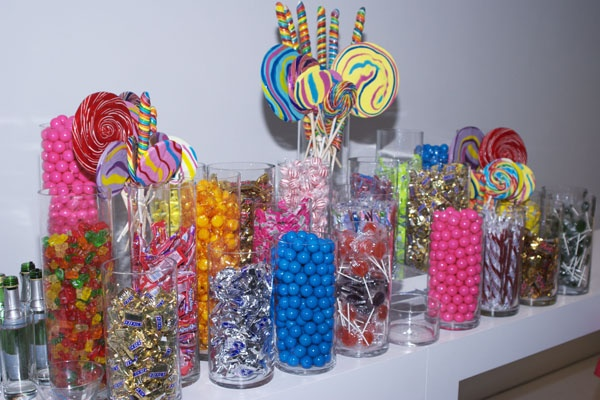 Candy bar...awesome idea for a kids party diy treat bags.