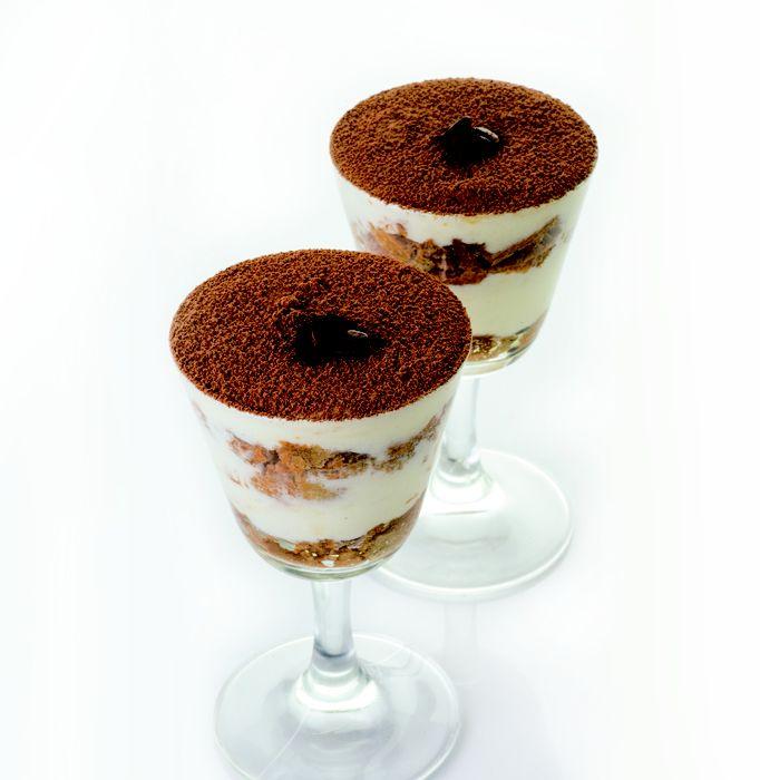 Tiramisú, un clásico italiano rico y fácil de preparar ¡Mamma mia! https://www.telemercados.cl/recetas/tiramisu/
