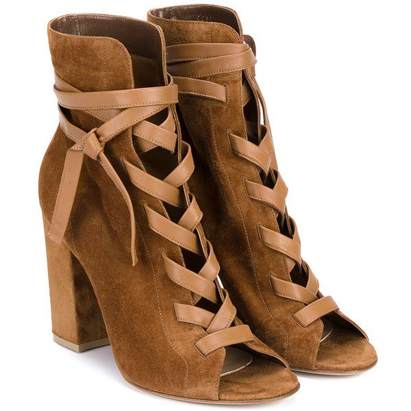 Gianvito Rossi Brooklyn Suede Ankle Booties (2.701.850 COP) ❤ liked on  Polyvore