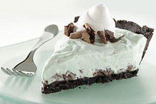 A minty green filling of whipped topping and marshmallow creme is laced with chocolate cookies in this frozen version of classic grasshopper pie.