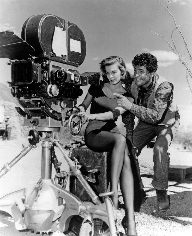 Move over Howard Hawks as Angie Dickinson and Dean Martin playfully take over shooting Rio Bravo (1959).