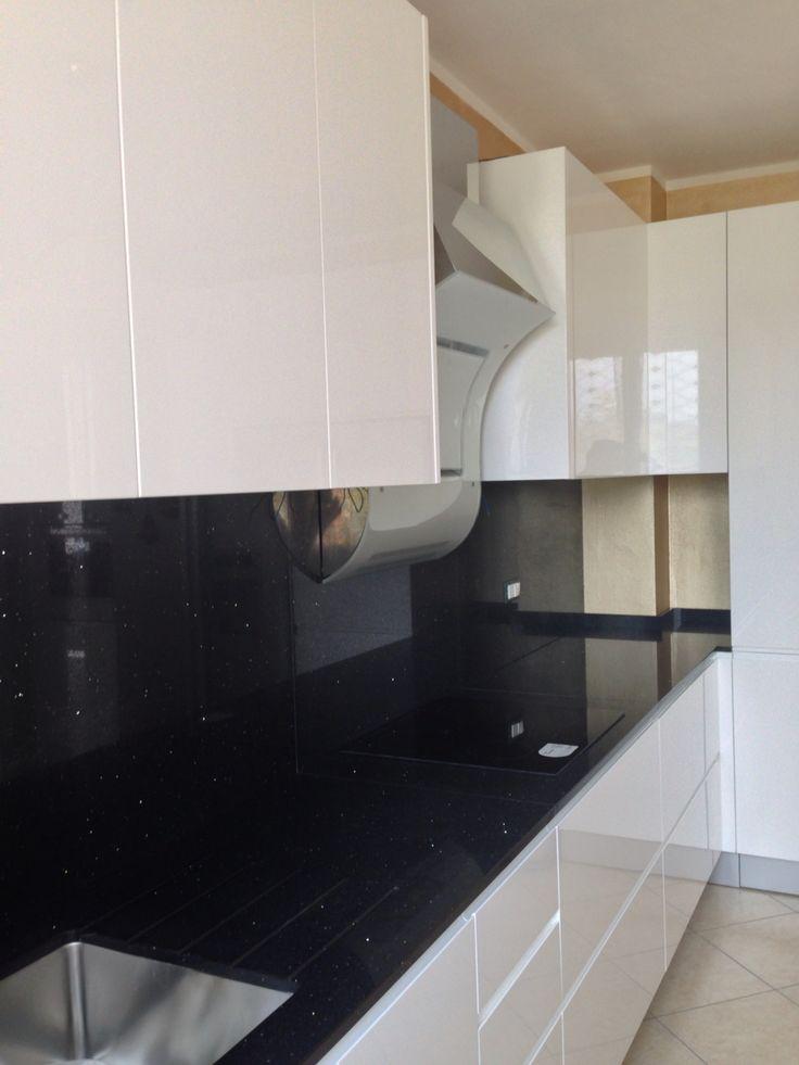 Oltre 25 fantastiche idee su cucina bianca lucida su - Cucina bianca lucida ...