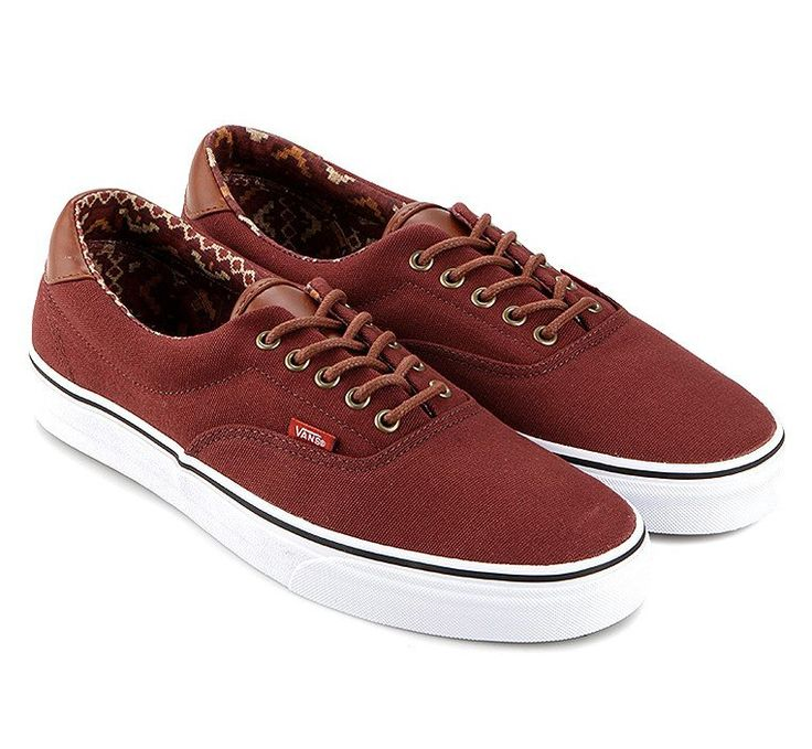 The Era 59 C&L, a low top lace-up skate shoe, has a durable double-stitched canvas upper with leather accents on the heel and tongue, metal eyelets, padded tongue and lining and Vans signature Waffle Outsole.    http://zocko.it/LDMIF