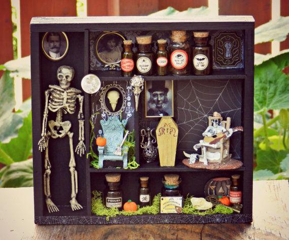 Best 25 Halloween Shadow Box Ideas On Pinterest