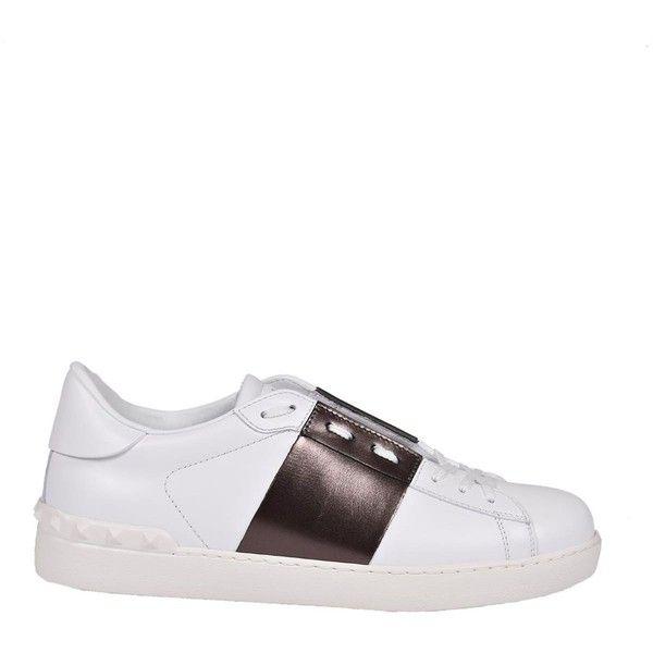 Valentino Garavani Sneakers (540 AUD) ❤ liked on Polyvore featuring shoes, sneakers, valentino sneakers, valentino shoes and valentino trainers