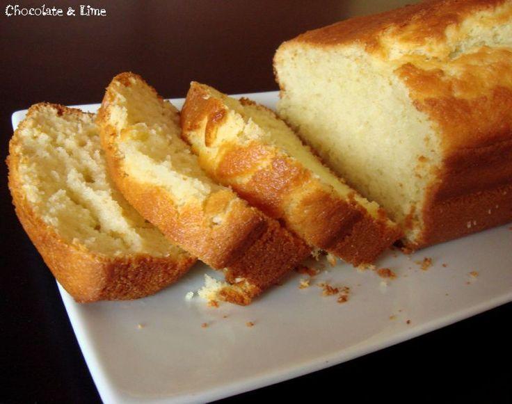Gâteau sucré au vin blanc et à l'huile d'olive