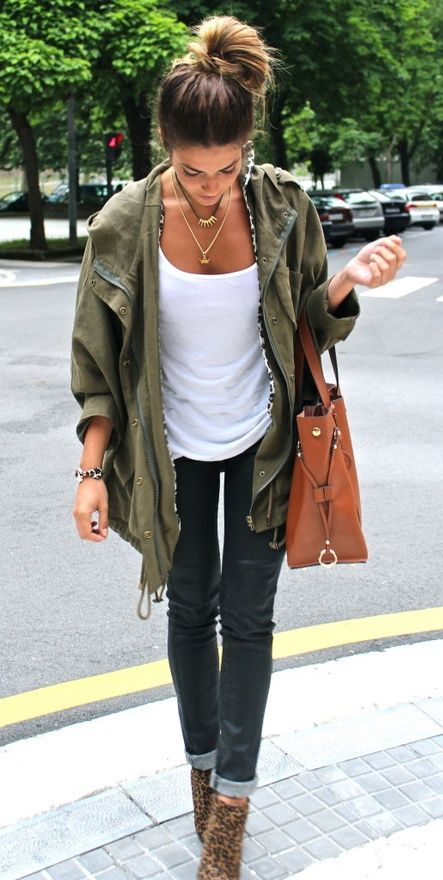 Fall Casual Chic Outfit. This is the vibe I tend to lean towards. Love the ease of it, but it's still super cute.: