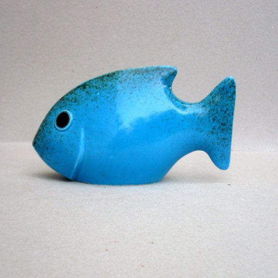 Pescado azul brillante turquesa pescado escultura por jorgemealha
