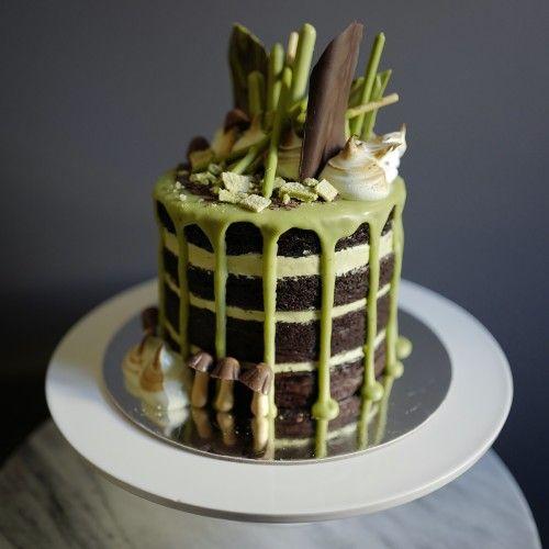Ridiculous green tea chocolate layer cake.