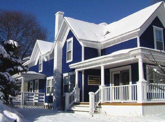 color combinations of blue and white