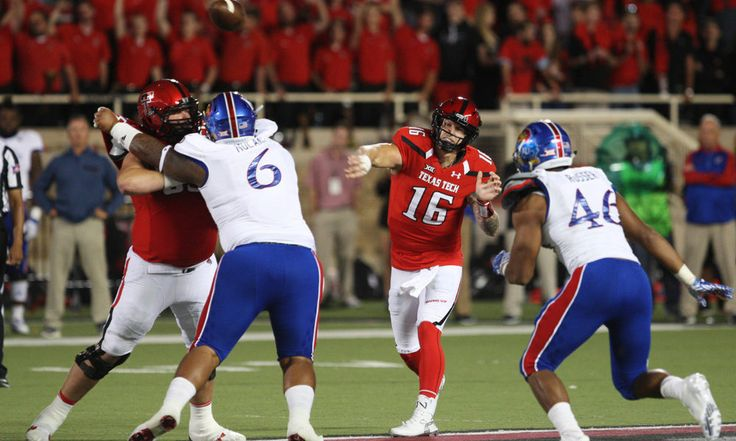 "Who is Nic Shimonek? He might start at QB for Texas Tech Saturday = On this week's Big 12 coaches' teleconference, the first question asked of Texas Tech's Kliff Kingsbury was this: ""Who the heck is Nic Shimonek?""  Coach Double K chuckled before answering.  ""He's a quarterback who has....."