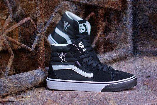 0f2f77caa14cea Vans X Social Distortion Sk8-Hi Black White Vans For Sale  Vans ...