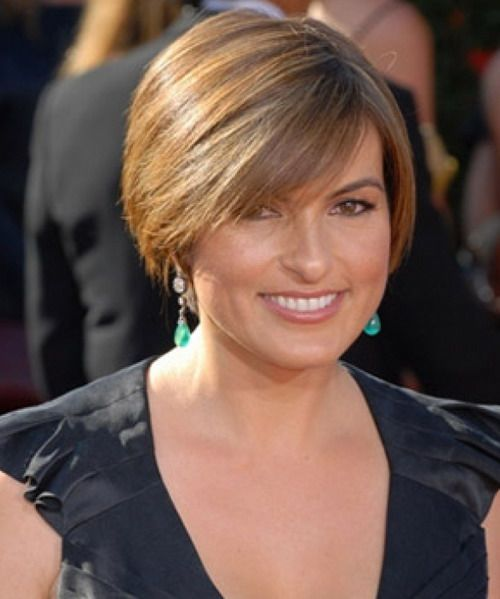 haircuts for women in their 40 | short-bob-hairstyles-for-black-women-over-40-602