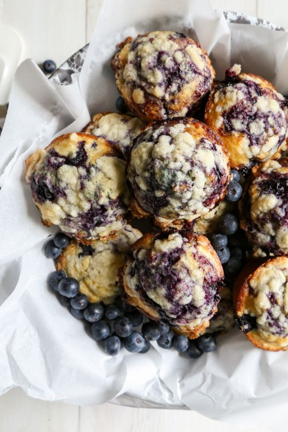 Easy Blueberry Crumble Muffins - The perfect breakfast, packed with healthy blueberries!