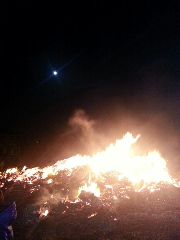 Noche de San Juan en Lugo con luna llena