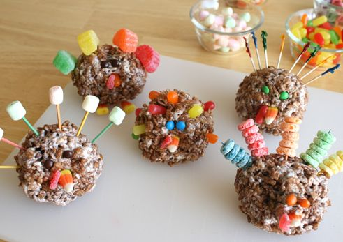 cocoa crispies turkeys! the ones with the fruit loops ~ too cute!!!