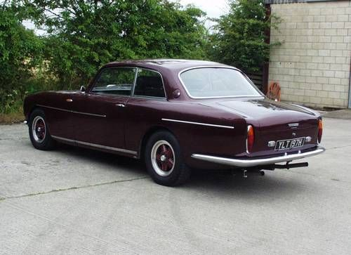 Bristol 411 S1 in dark red with black leather For Sale (1970)