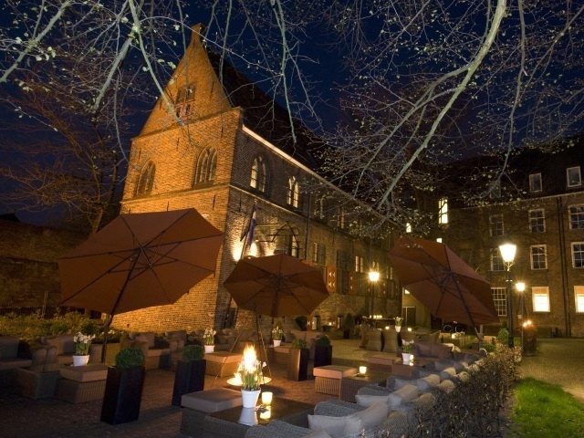 Zwolle - Broerenkerkplein - De Librije