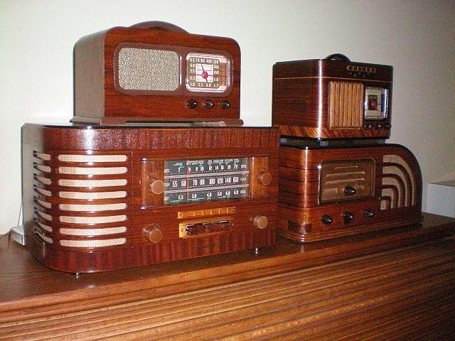 Simon S Vintage Radio Repair About Us Specialist In The Repair Retrooldtimeradio Antique Radio Vintage Radio Radio