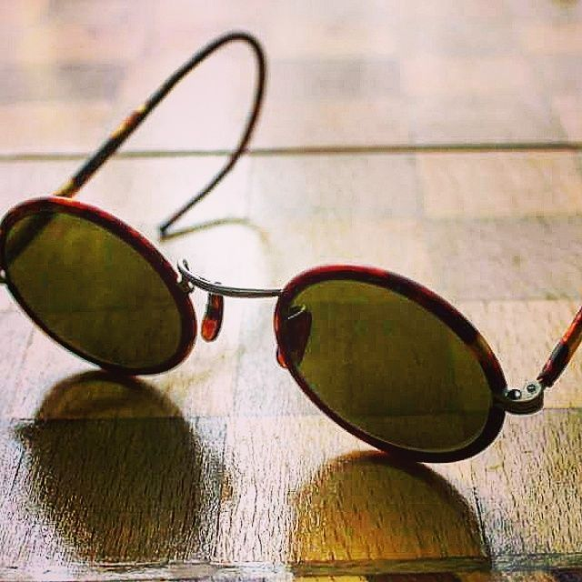 30s Teashades Turtle Bakelite Frame GREEN Lens Vintage Sunglasses Lennon hippie #USSR #Teashades