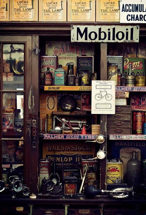 39 best brocante garage plaque emaillee bidons d huile bougie images on pinterest candle. Black Bedroom Furniture Sets. Home Design Ideas