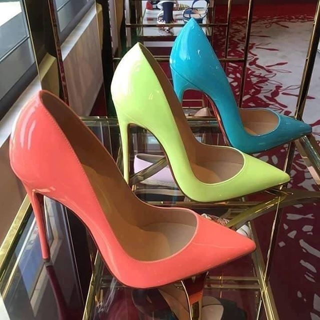*drool* High heel stilettos in candy colors.