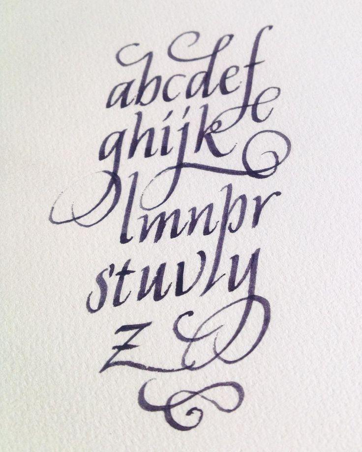 #kaligrafi #calligraph #italik #italic #yazı #type #abc #alfabe #alphabet #mini #miniskül #miniscule