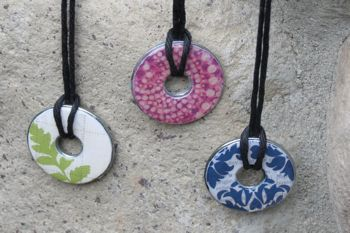 These necklaces are very cute and easy to make