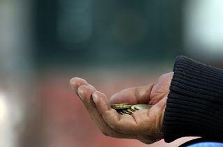 Σε κατάσταση ακραίας φτώχειας 15 εκατ. Έλληνες σύμφωνα με έρευνα..