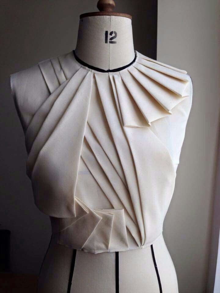 696 Best Draping Moulage Images On Pinterest Fabric