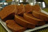 Eggless Chocolate Cake: This delicious chocolate cake can be enjoyed by the vegetarians too!