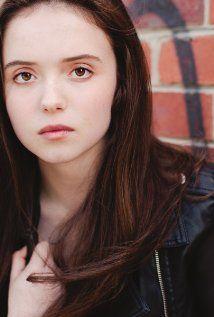 Lara Robinson. Born on 1-1-1998 in Melbourne, Victoria.