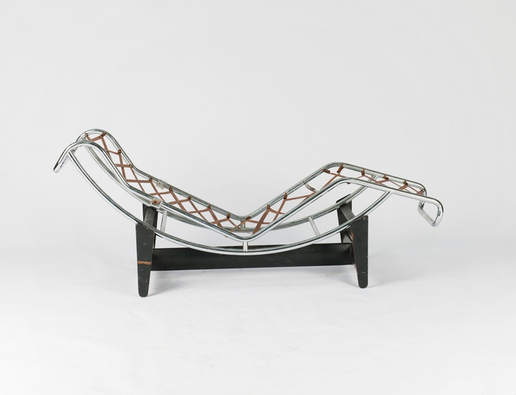 chaise longue le corbusier vache chaise with chaise longue le corbusier vache finest amazing. Black Bedroom Furniture Sets. Home Design Ideas