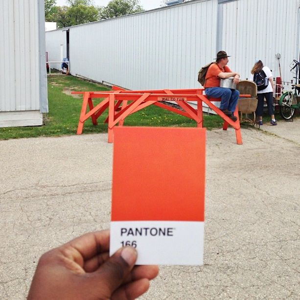 Artist Matches Pantone Swatches to Everyday Life - My Modern Metropolis