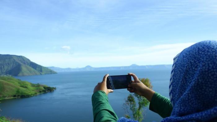 Wisata Danau Toba - Traveler Bakal Takjub Melihat Pemandangan Dari Puncak Bukit…