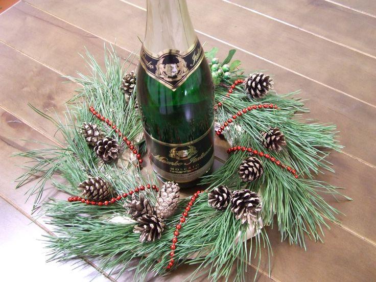 Новогодний венок  Рождественский венок  Венок из шишек сосновых  веток