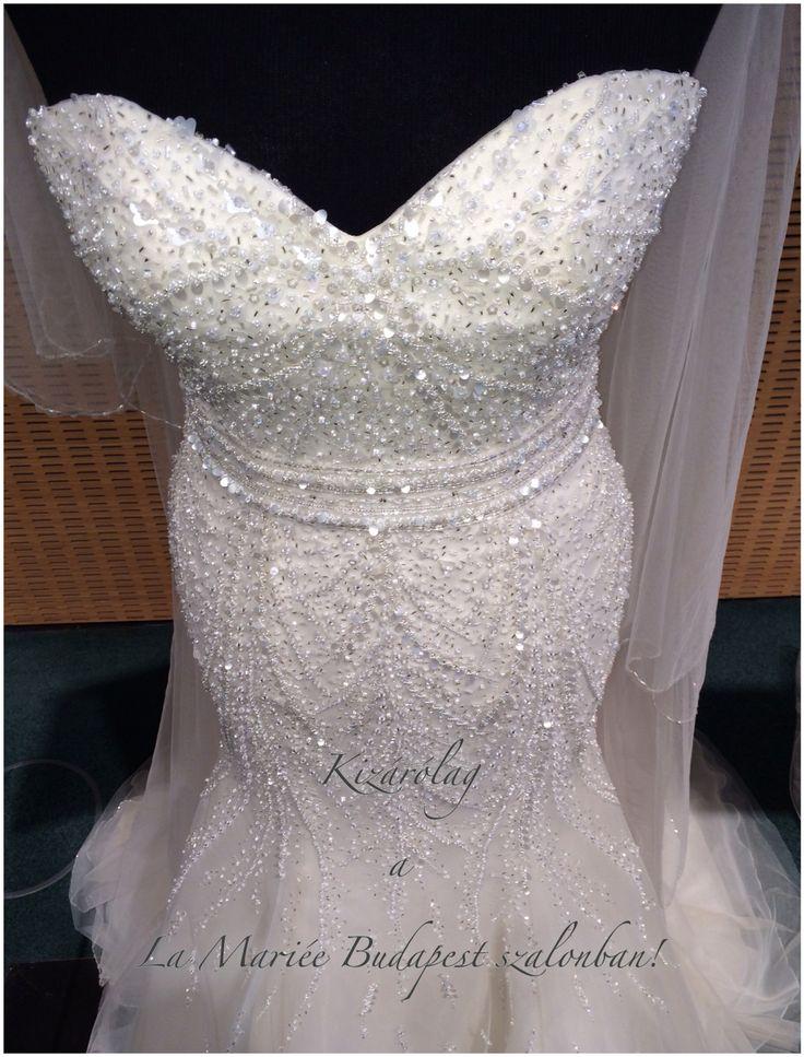Esküvői ruha Babia 2015 Pronovias http://lamariee.hu/eskuvoi-ruha/pronovias-2015/babia