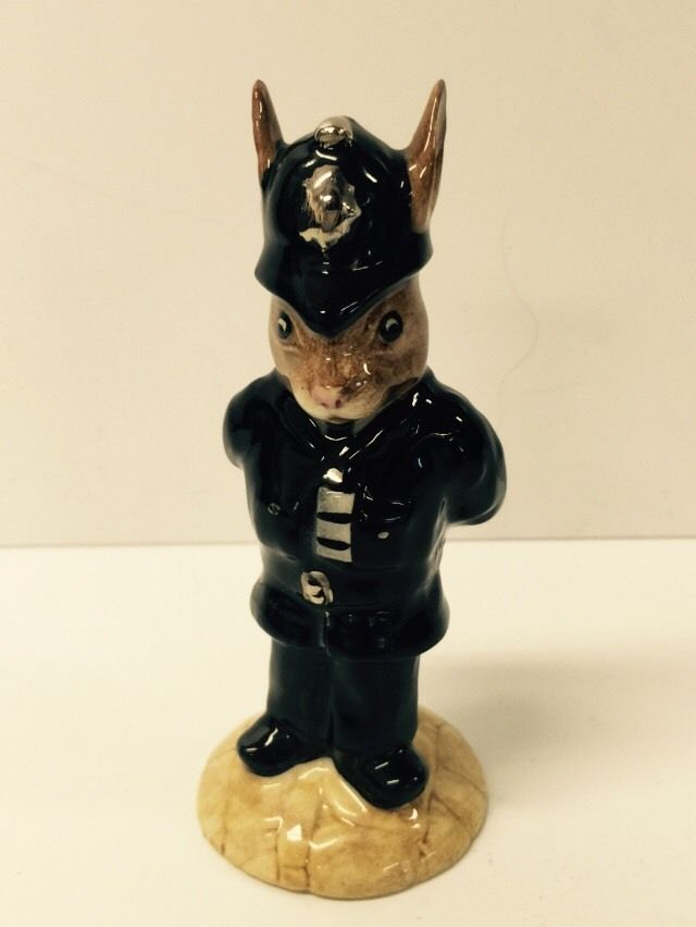 BEAUTIFUL HAND MADE   POLICEMAN  BUNNYKINS BY ROYAL DOULTON DB 64 ISSUED 1987
