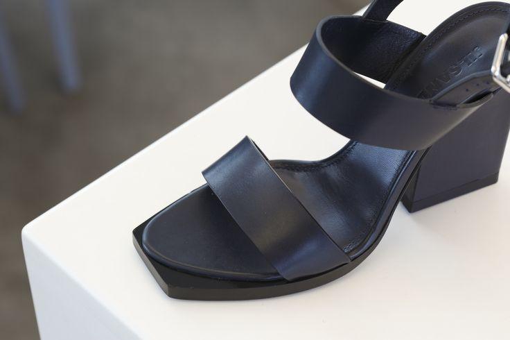 Jil Sander, SS 2015.  Jil Sander's flat geometric sandal.  #JilSander #ss #Spring #Summer #geometric #sandal #OnwardLuxuryGroup #OLG